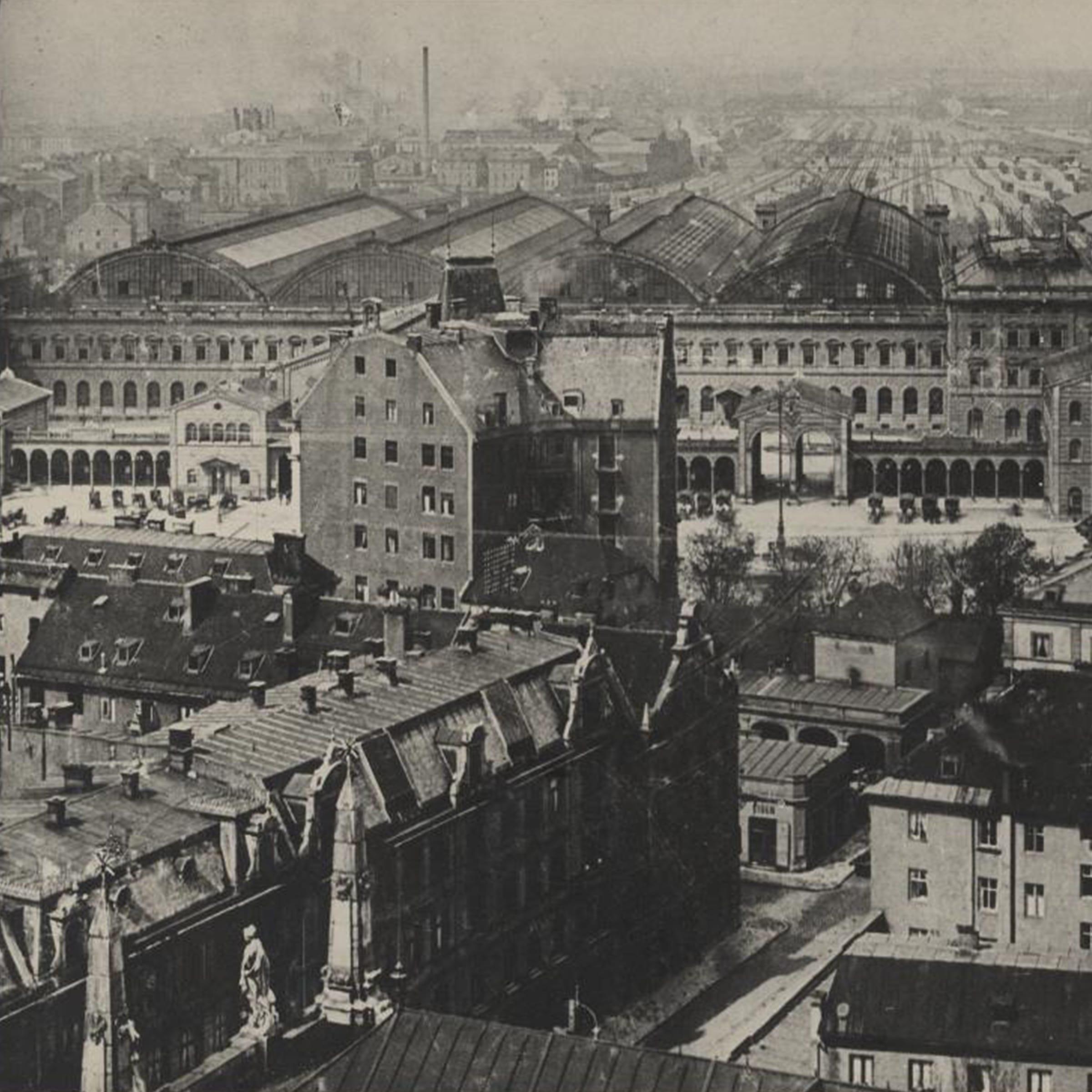 Ein Schwarz-Weiß-Foto vom Hotel Sterngarten