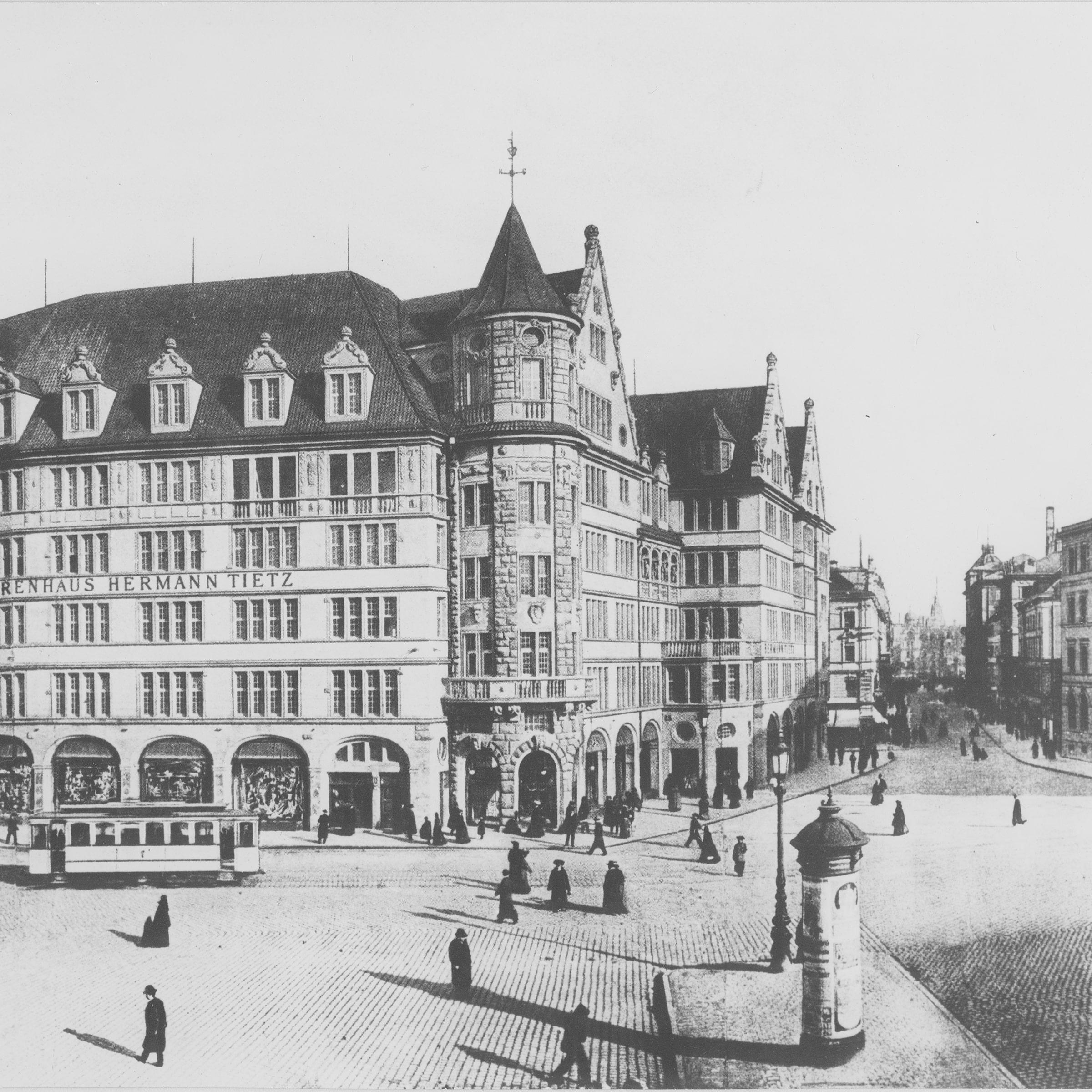 Schwarzweißfoto vom Warenhaus Tietz um 1910
